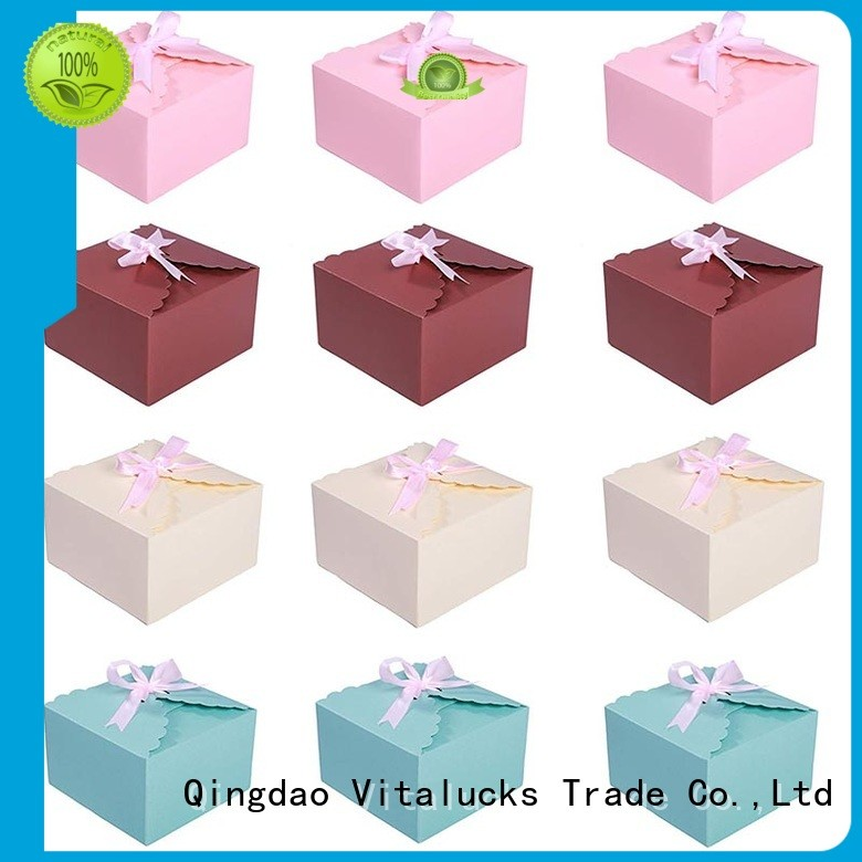 Small cardboard packing boxes Decorative paper boxes with ribbon