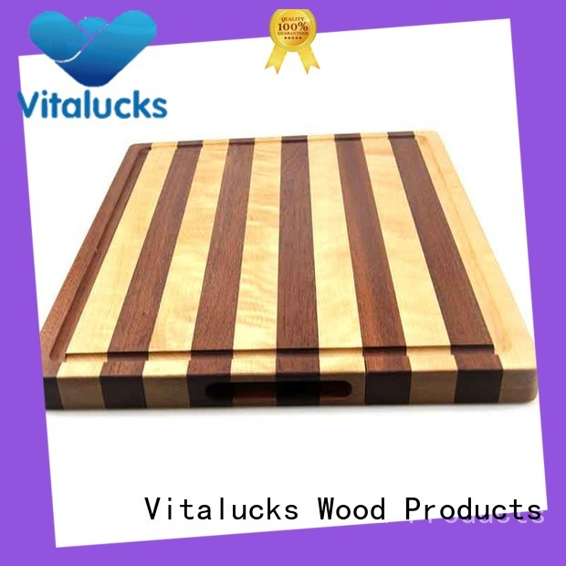 Wooden chopping board with sapele and maple end grain