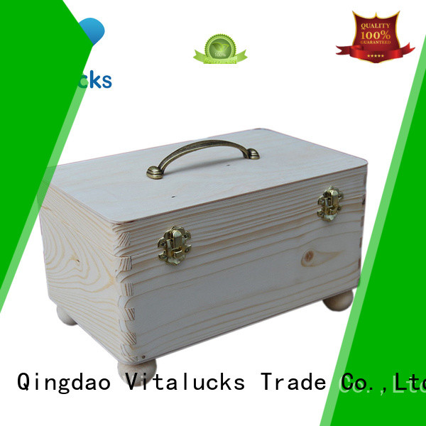 Vitalucks wooden box
